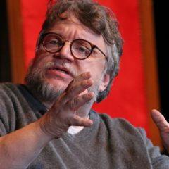 Guillermo Del Toro in conferenza stampa al Festival Internacional de Cine en Guadalajara