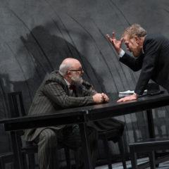 Il freddo dell'anima. 'John Gabriel Borkman', con Gabriele Lavia, alla Pergola di Firenze