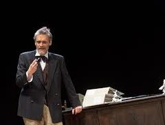 La morte differita dell'armatore. 'Colpi di timone' al Teatro della Corte di Genova