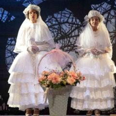 """Teresa e Carolina smarrite nella foresta dei fratelli Grimm. """"Sorelle Materassi"""" alla Pergola di Firenze 4-6 gennaio"""