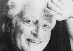 Ci lascia anche Carlo Croccolo, settant'anni di eclettica carriera