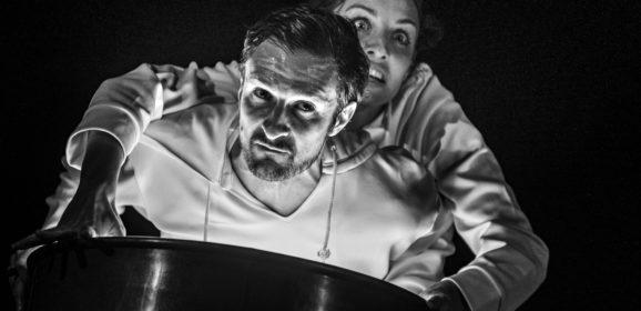 Firenze Teatro delle Spiagge 26 marzo | Anomalia Teatro in 'Era meglio nascere topi'