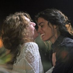 La doppia vita di Angela. 'Viola di mare', un film di Donatella Maiorca