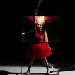 Alejandro Jodorowski, profeta della psico-magia: lo si può detestare, ma è impossibile ignorarlo. 'Opera panica' al Teatro Il Maggiore di Verbania