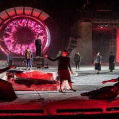 Oreste nel tribunale di Eschilo. 'Coefore/Eumenidi', regia di Davide Livermore, al Teatro Greco di Siracusa